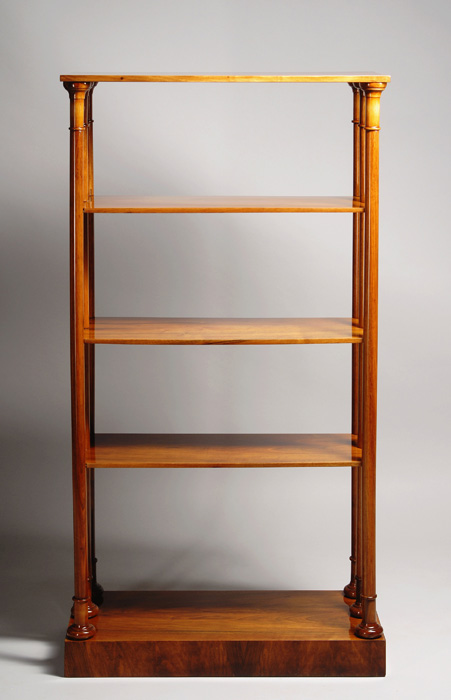 a petite biedermeier etagere iliad. Black Bedroom Furniture Sets. Home Design Ideas