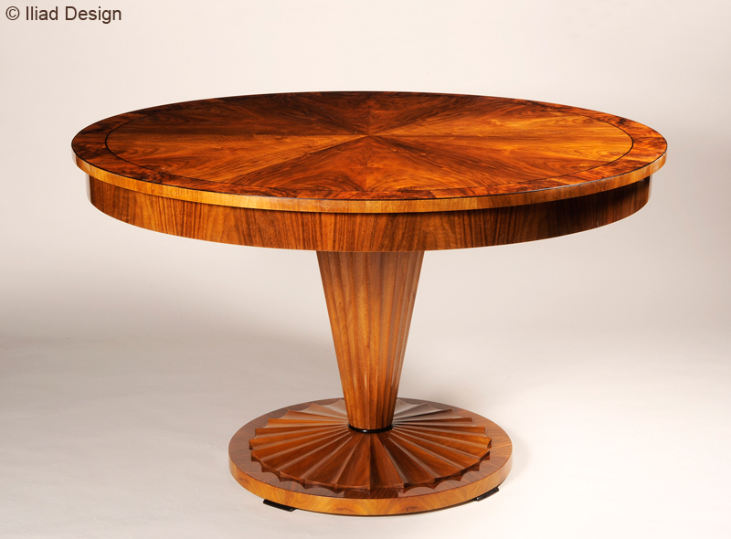 A biedermeier inspired extendable dining table by iliad for Design table replica